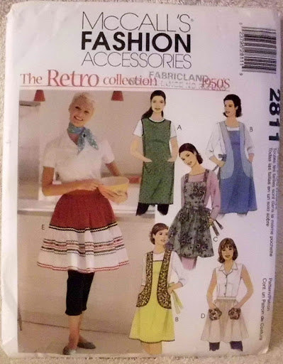 Retro 1950s Apron Collection Mccalls 2811 Pattern 5 Styles Design Full Wrap Bib