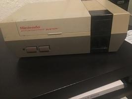 Nintendo Entertainment System original - $100.00