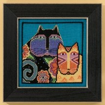 Feline Friends Cat Collection linen cross stitch kit Laurel Burch Mill Hill - $16.20