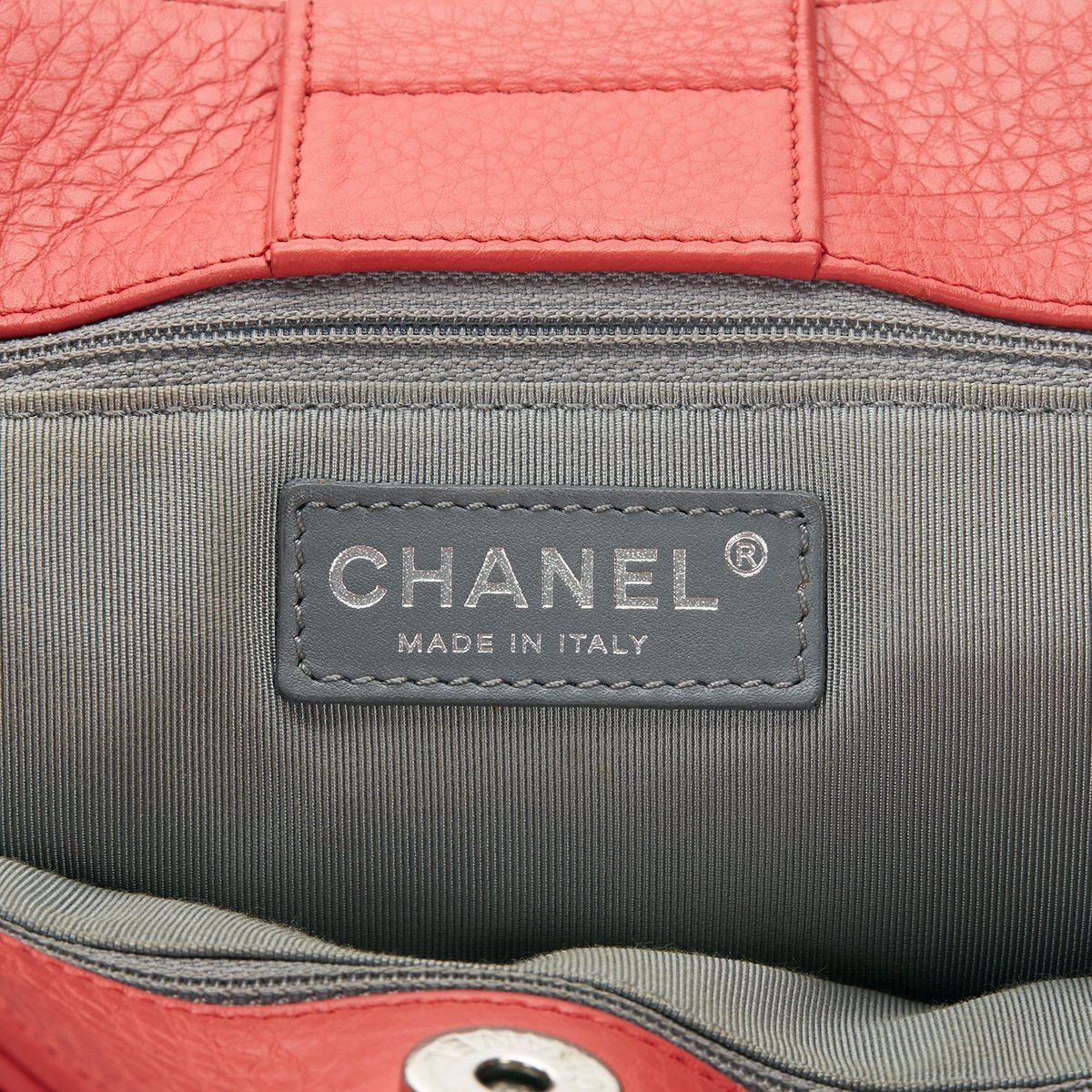 AUTHENTIC CHANEL CORAL PINK EXECUTIVE CERF LARGE TOTE SHOPPER BAG SHW