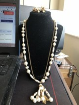 Retro White Bead Single Strand Necklace with chain and Clip On Earrings - $3.73