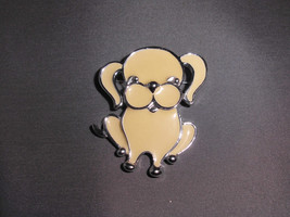 VTG Sarah COVENTRY Signed 1973 Silver Tone Cream Enameled Puppy Dog Brooch Pin - $12.38