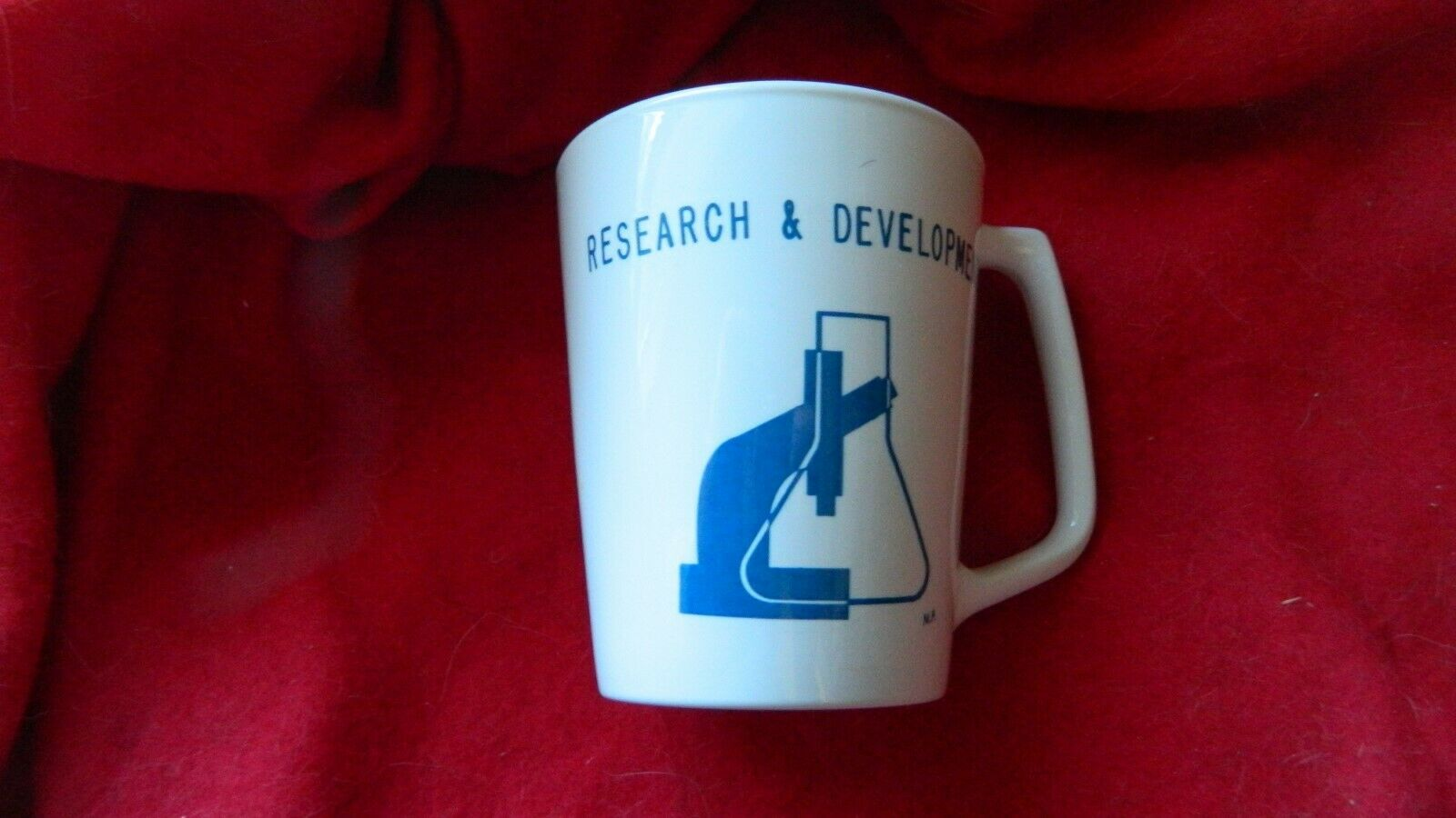 Primary image for CORNING GLASS WORKS RESEARCH & DEVELOPMENT CENTURA COFFEE MUG FREE USA SHIP RARE