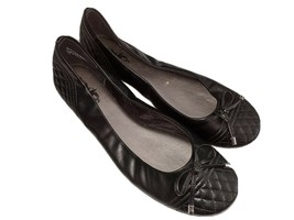 Coach And Four Women's Sz 7.5  Ballet Flats Black With Bow. - $10.40