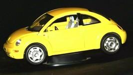 Burago Yellow Model Volkswagon Beetle 149980 AA19-1615 Vintage