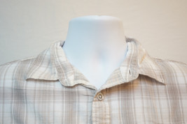 Calvin Klein Aluminum-Button Short Sleeve Button-Front Shirt, Men's Small 6696 - $8.21