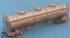 Funaro & Camerlengo HO kit  6970 Jones & Laughlin 20K Gal Coal Tar Tank Car silv image 2