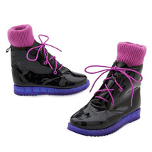 Disney Vampirina Fashion Boots for Girls Size 5/6 Brand New - $38.61