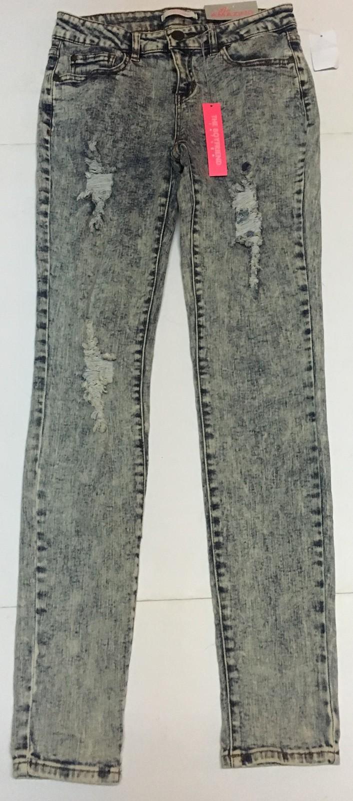Charlotte Russe Be Amazing Boyfriend Jeans Sz 2 Distressed