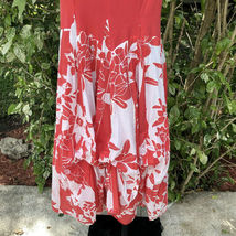 Vasna Desire Sleeveless Fit Flare Dress Size Small Coral White Floral Hawaiian image 7