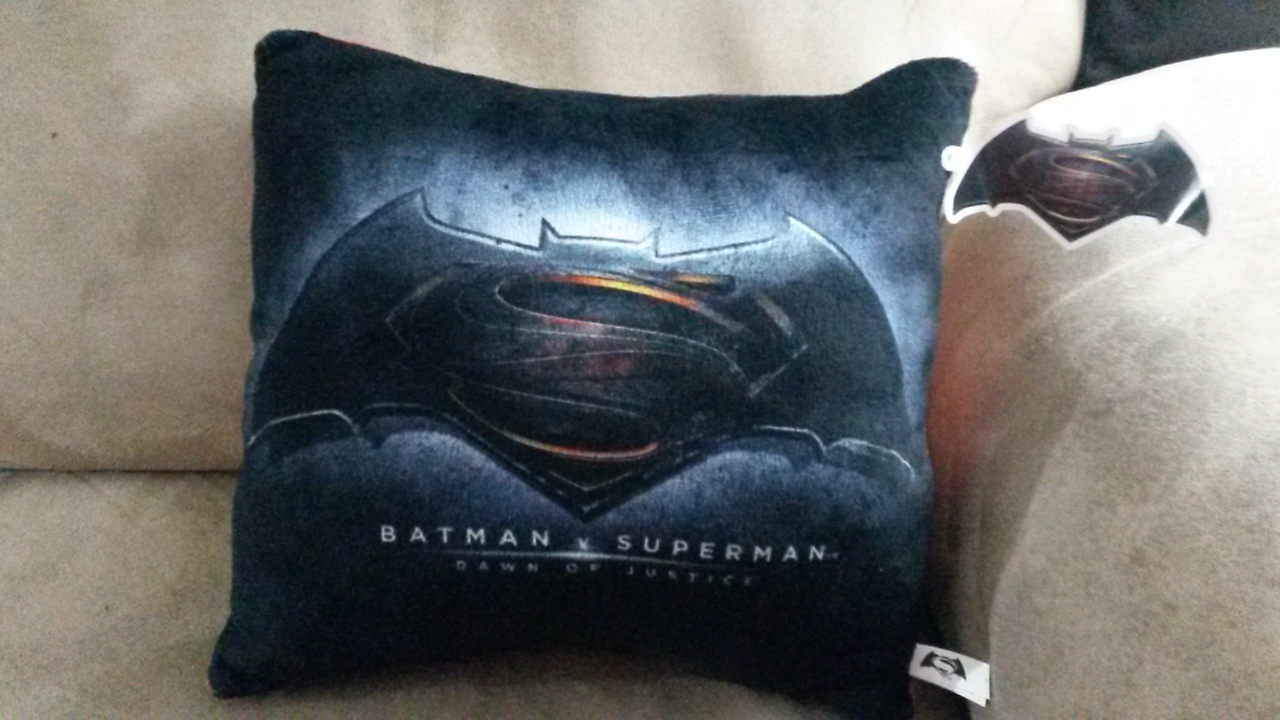 "Primary image for BATMAN V SUPERMAN PILLOW Brand New Licensed Plush NWT Tags 10"" Toy Factory"