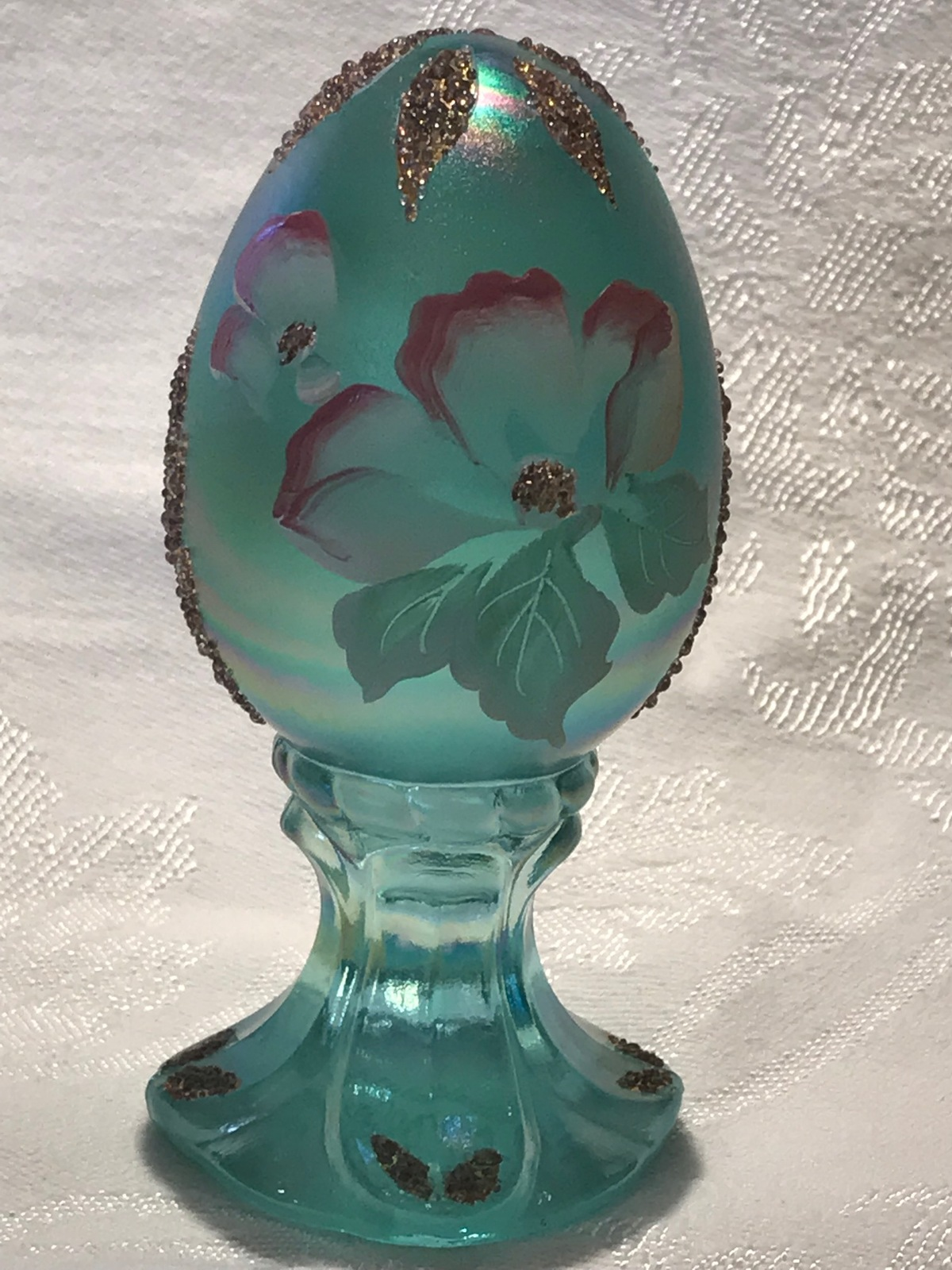 Fenton Glass Egg Hand Painted Iridized Robins Egg Blue Limited Edition