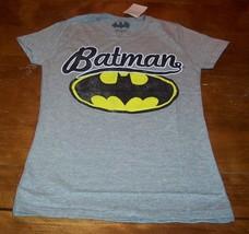 Women's Teen Vintage Style Batman Dc Comics T-shirt Xs New w/ Tag - $19.80