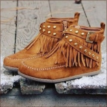 Mountain Moccasins Tassel Fringe Rivet Strap Hand Sewn Clay Color Ankle Boots