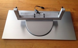 HITACHI LCD SILVER TV BASE STAND MODEL  32HDL51 WITH 4 SCREWS Included  - $45.52