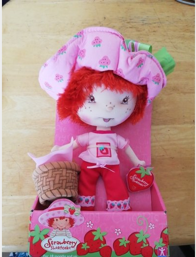 Primary image for Strawberry Shortcake SWEET SPRING STRAWBERRY SHORTCAKE DOLL WITH BASKET