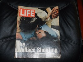 LIFE MAGAZINE  5/26/1972 THE WALLACE SHOOTING ALSO  FULL PAGE OF WILLIE ... - $3.00