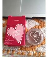 AVON BE MY VALENTINE LIP GLOSS KISS ME NIB HTF - $4.37