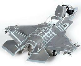 Academy 12569 USMC F-35B VMFA-121 Green Knights Plamodel Plastic Hobby Model image 3