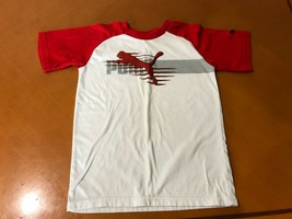Boys Kids Puma Red and White T-Shirt Size 5/6 Cotton Blend - $3.95