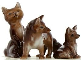 Hagen Renaker Miniature Wildlife Fox Family Mama, Papa & Baby 3 Piece Set