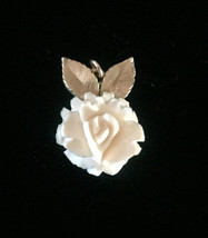 Vintage 60s carved rose pendant with 2 gold leaves image 2