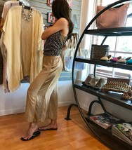 Hard Tail pull on wide pant RV55 - $58.00