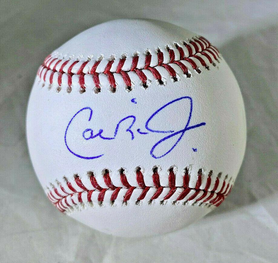 CAL RIPKEN JR / MLB HALL OF FAME / AUTOGRAPHED OML BASEBALL IN CUBE / TRISTAR