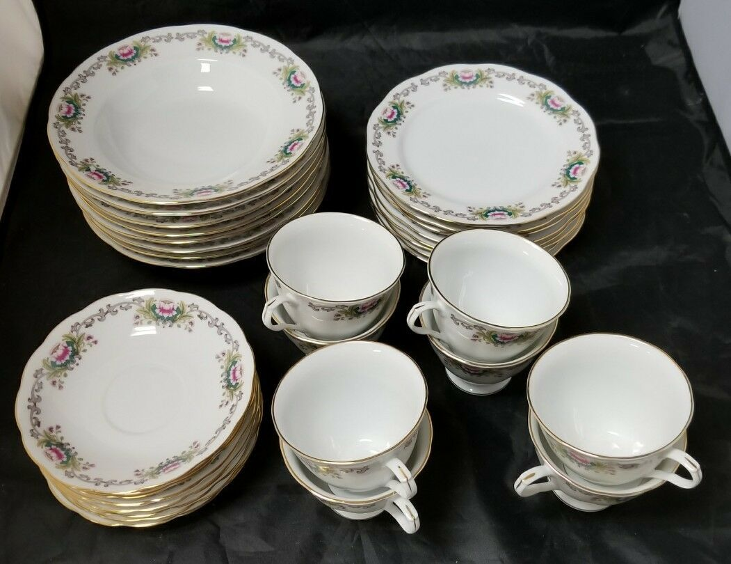 Chinese Fine Bone China Set of 32, 8 Each Soup Bowls, Cups, Saucers, Bread Plate image 2