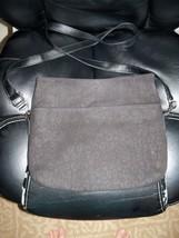 Thirty-One Suite Cross N Fold Handbag/Crossbody Bag in Safari Black EUC - $31.98