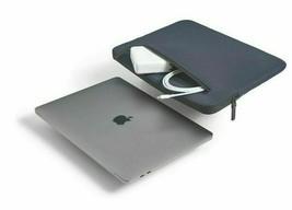 "Incase Compact Sleeve For MacBook Pro 15"" Retina/Thunderbolt 3 - Dark Blue -New"