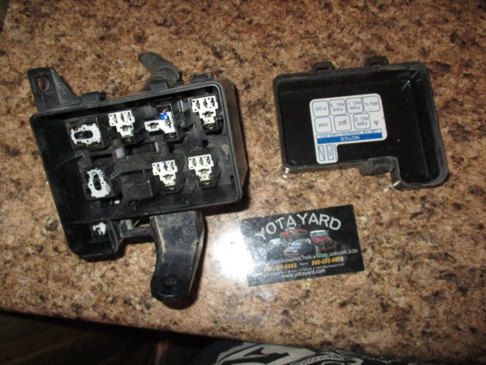 96 97 Toyota Rav4 Engine Relay Fuse Box And 50 Similar Items Block Yota Yard
