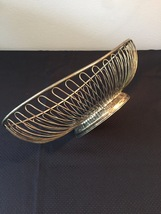 Vintage 80s Silver Plate Oval Wire Basket by International Silver Co.  image 4