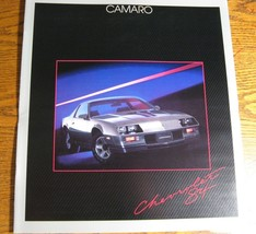 1984 Chevy Camaro Dlx Color Brochure, Z28, Berlinetta Original MINT - $5.12