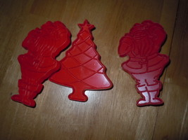 Vintage 3 Tupperware Red Plastic Christmas Cookie Cutters - $5.99