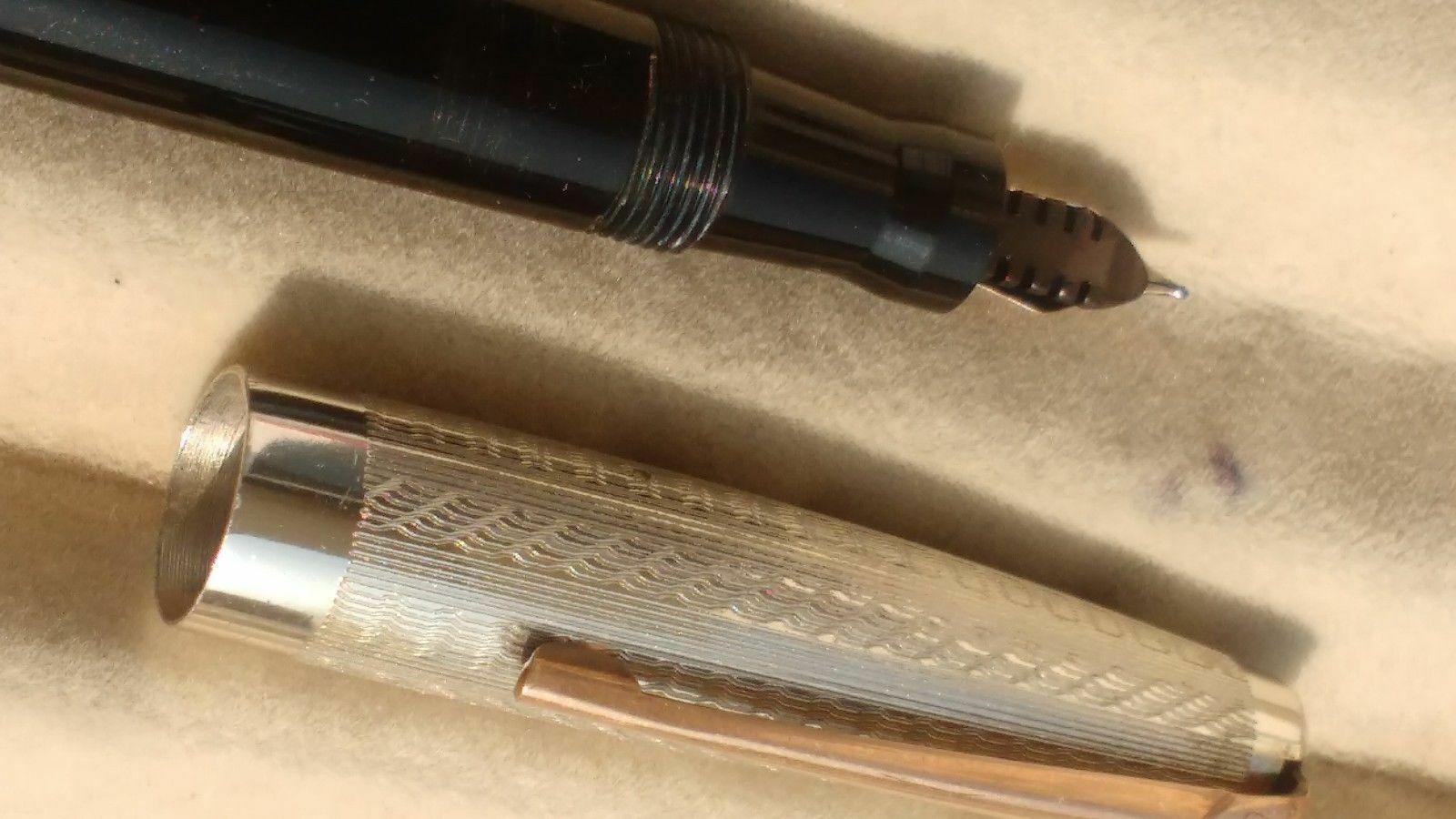 Mabie todd swan blackbird fountain pen 14kt gold nib vintage rare