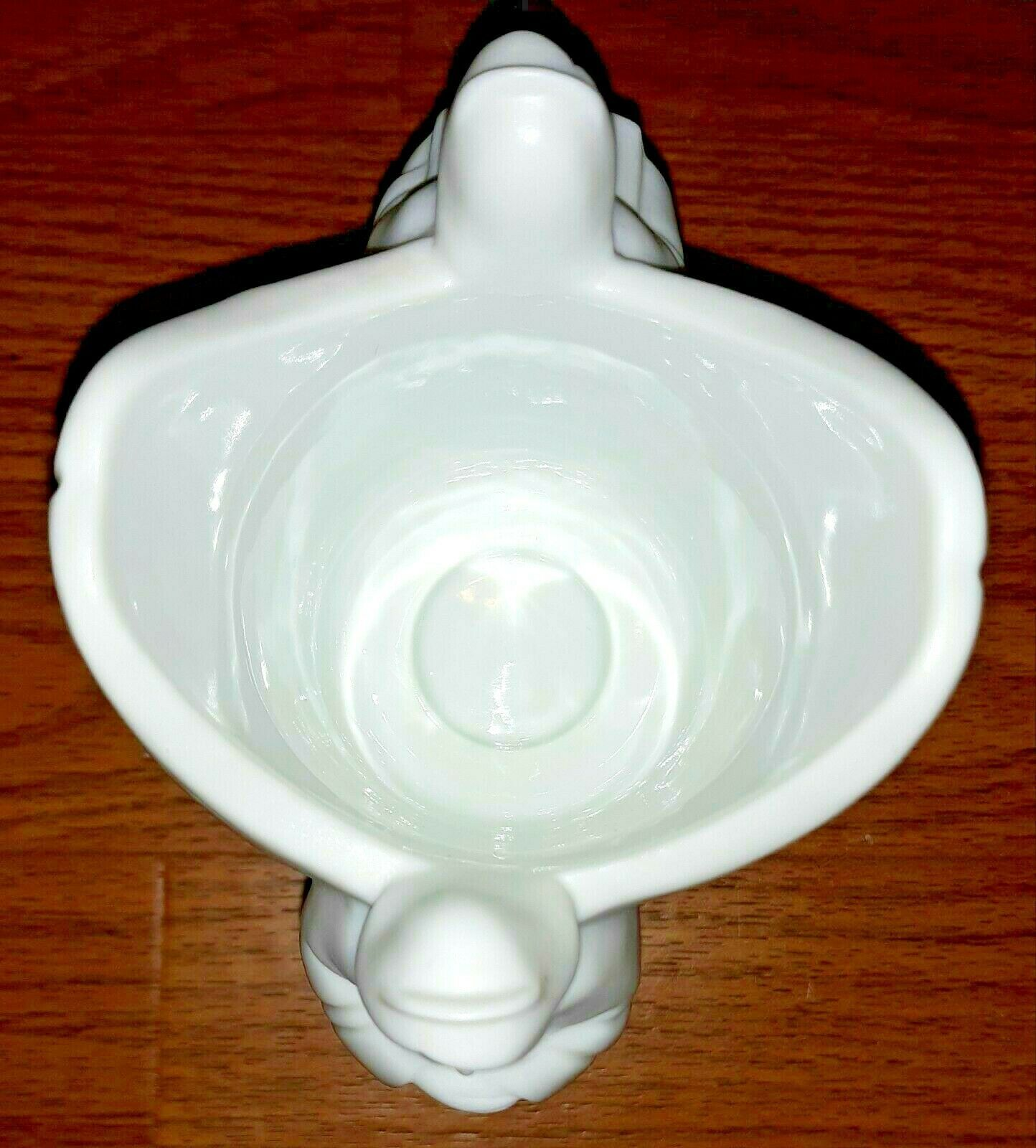 "Angel Candleholder "" AVON "" Collection Porcelain White 5"" High 4"" Long Catholic - $9.75"