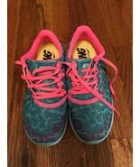 Nike Air Tennis Shoes Barefoot Running Soft Flexible Arch Teal Pink Jog ... - $47.53