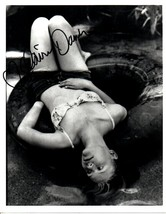 Claire Danes Signed Autographed Glossy 8x10 Photo - $29.99