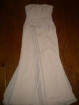 White Vera Wang Size 10 Pink Strapless Flowy Women Formal Dress Gown  - $108.90