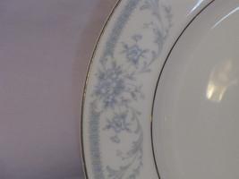 Sheffield blue whisper dinner plate2 thumb200