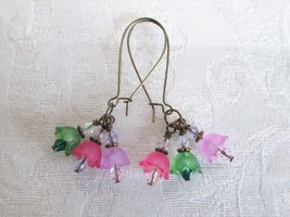 Pink Purple and Green Tulip and Crystal Bouquet Bronze Tone Kidney Hoop ... - $6.65