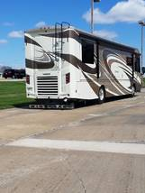 2017 WINNEBAGO JOURNEY 36M FOR SALE IN Muscatine, IA 52761 image 10