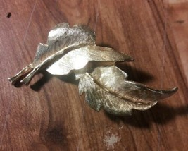 Vintage Signed DFA Gold-Tone Metal Twin Leaves Pin Brooch  - $7.92