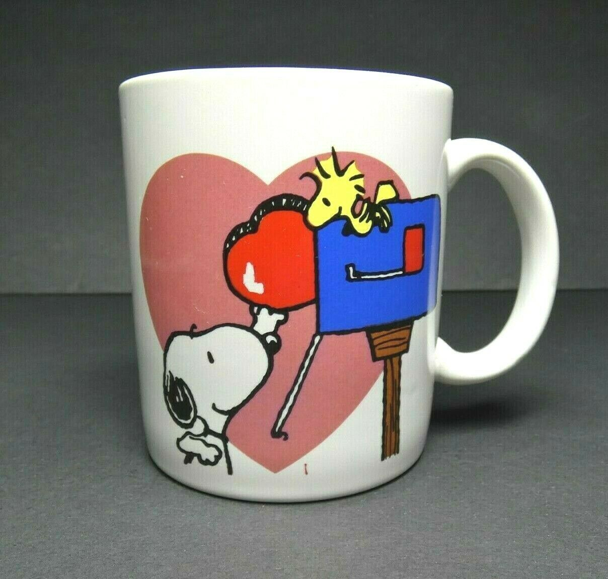 Peanuts Snoopy Mug Coffee Cup A Heart for You Woodstock Mailbox Applause Flaw - $9.41