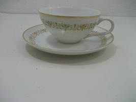 Sheffield Fine China Set of Eight (8) Glass Teacups & Saucers Gold Trim Details - $32.68