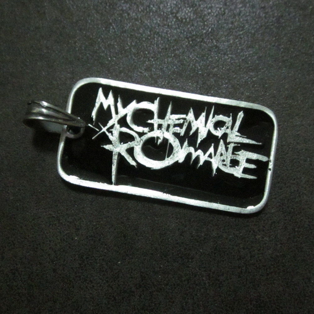 Fashion Mens Jewelry Pendants Musical Group Rocker Memorial Collectible