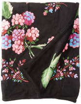 Vera Bradley Women's Throw Blanket, Winter Berry NWT - $1.774,17 MXN