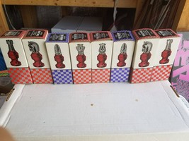 Vintage Avon Clubs Chess Pieces Set  Complete In Box - $65.06