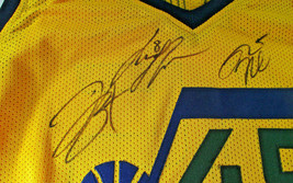 UTAH JAZZ / 2018 TEAM SIGNED YELLOW CUSTOM JERSEY / 13 SIGNATURES / FULL LOA image 6